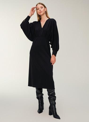 NGSTYLE Drapeli Krep Midi Elbise Siyah